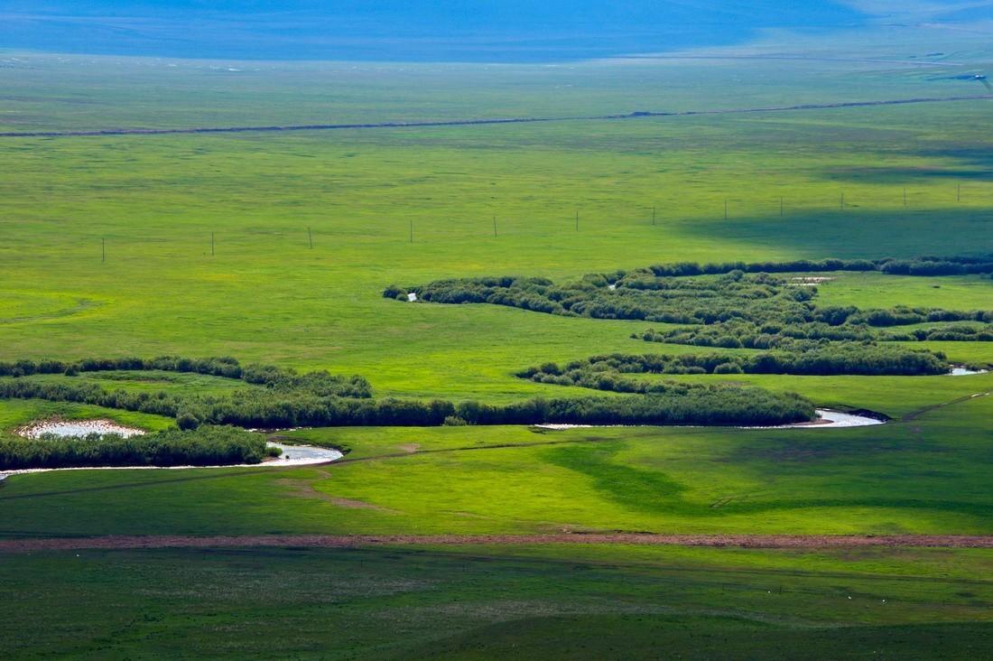 乌拉盖湖旅游风景区