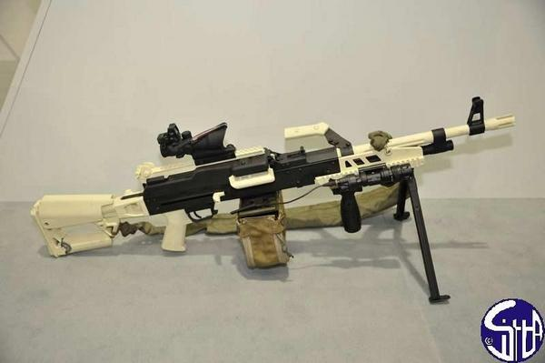 m249轻机枪简笔画步骤