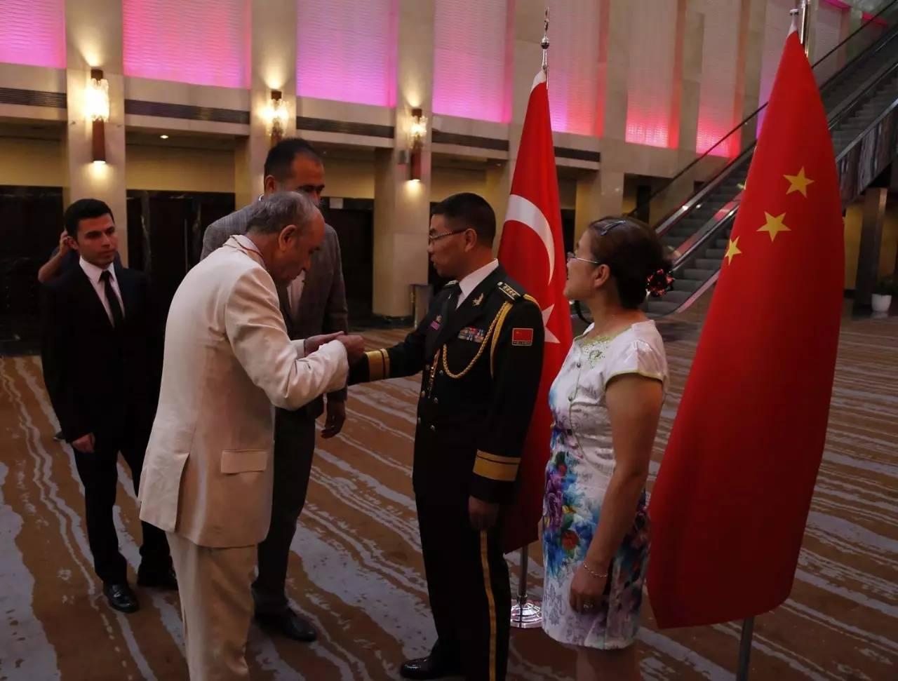 中国驻土耳其使馆举行庆祝建军90周年招待会
