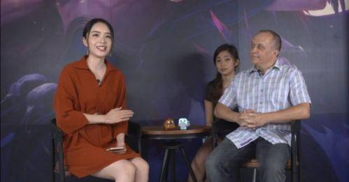 英雄联盟首席设计师鬼蟹接受了lpl美女解说余霜的采访,解答了很多玩家图片