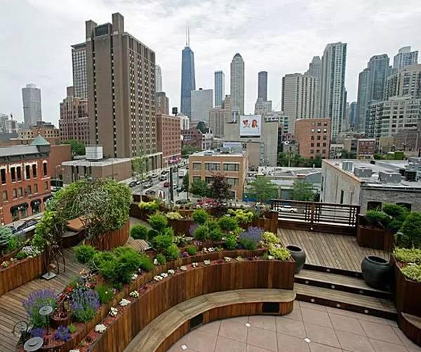 用自然装扮建筑,让屋顶引领生活