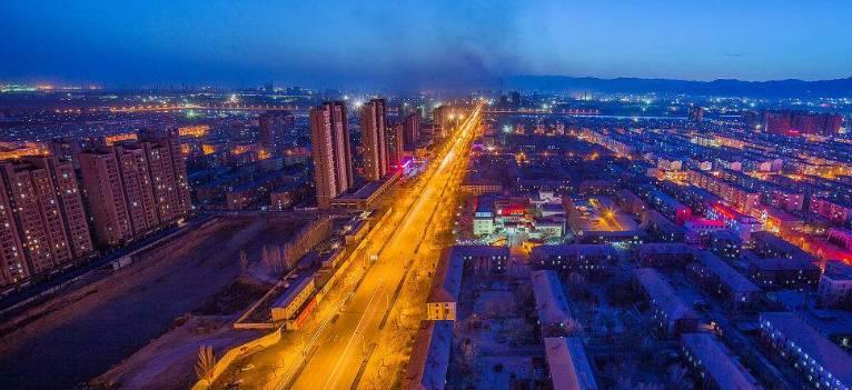 9省人均gdp超1万美元_9省人均GDP超1万美元 天津 北京和上海均超过11万(3)