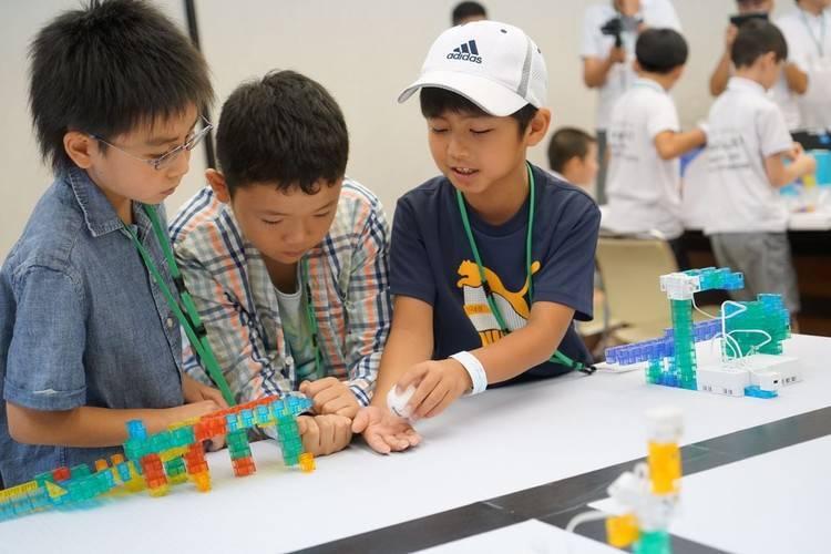 """日本小学要把""""机器人""""列入必修,我觉得中国小朋友也应当有"""