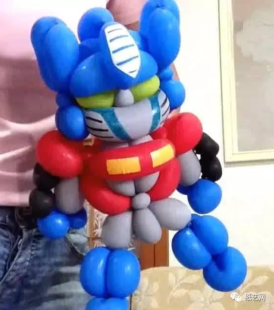 这里看到的这个变形金刚造型魔术老虎手工制作教程的制作者为changsun大连黑社会潘气球图片