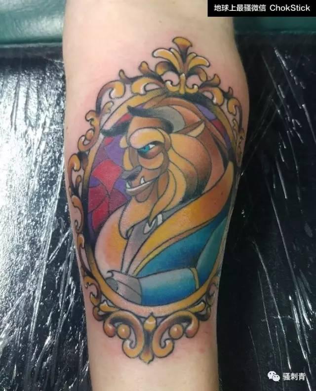 冰雪奇缘,白雪公主,美女与野兽,童话角色跟彩色玻璃还挺配的.