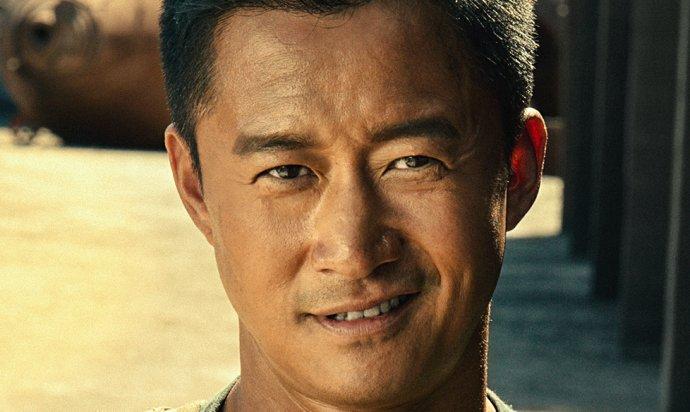 《战狼2》:中国老兵到底为何而战?