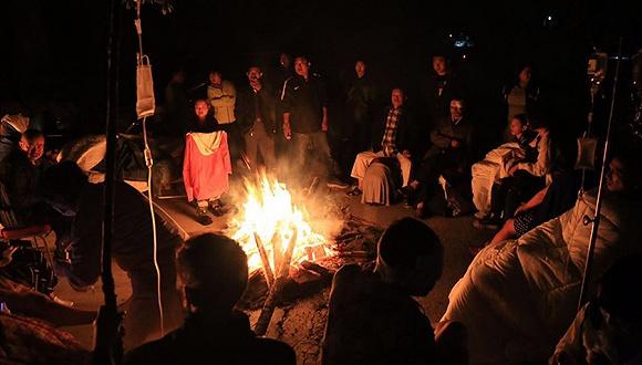 自救v教学,救援队伍教学面对,时尚星夜抱团兼程,风雨同舟.群众干部舞蹈视频图片