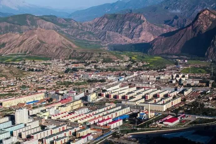 青海各县人口_青海省名字的来历 古代青海的名称是什么