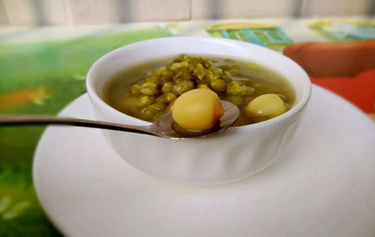 绿豆汤煮不对就全毁了 这些禁忌你都知道吗