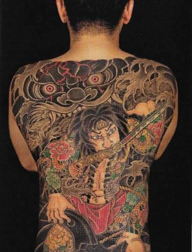 来,跟水浒传的英雄们学习一下纹身.