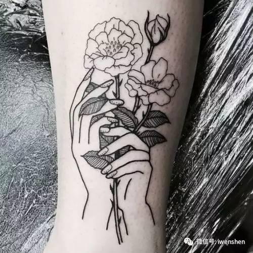 女神半壁纹身花囹�a_身上没点\