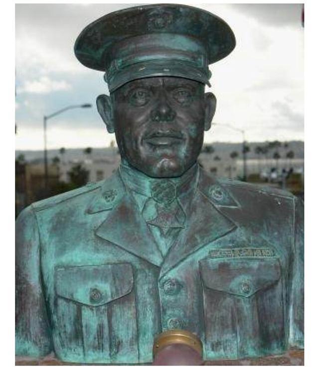 他是二战杀死日本军人最多的士兵,致敬