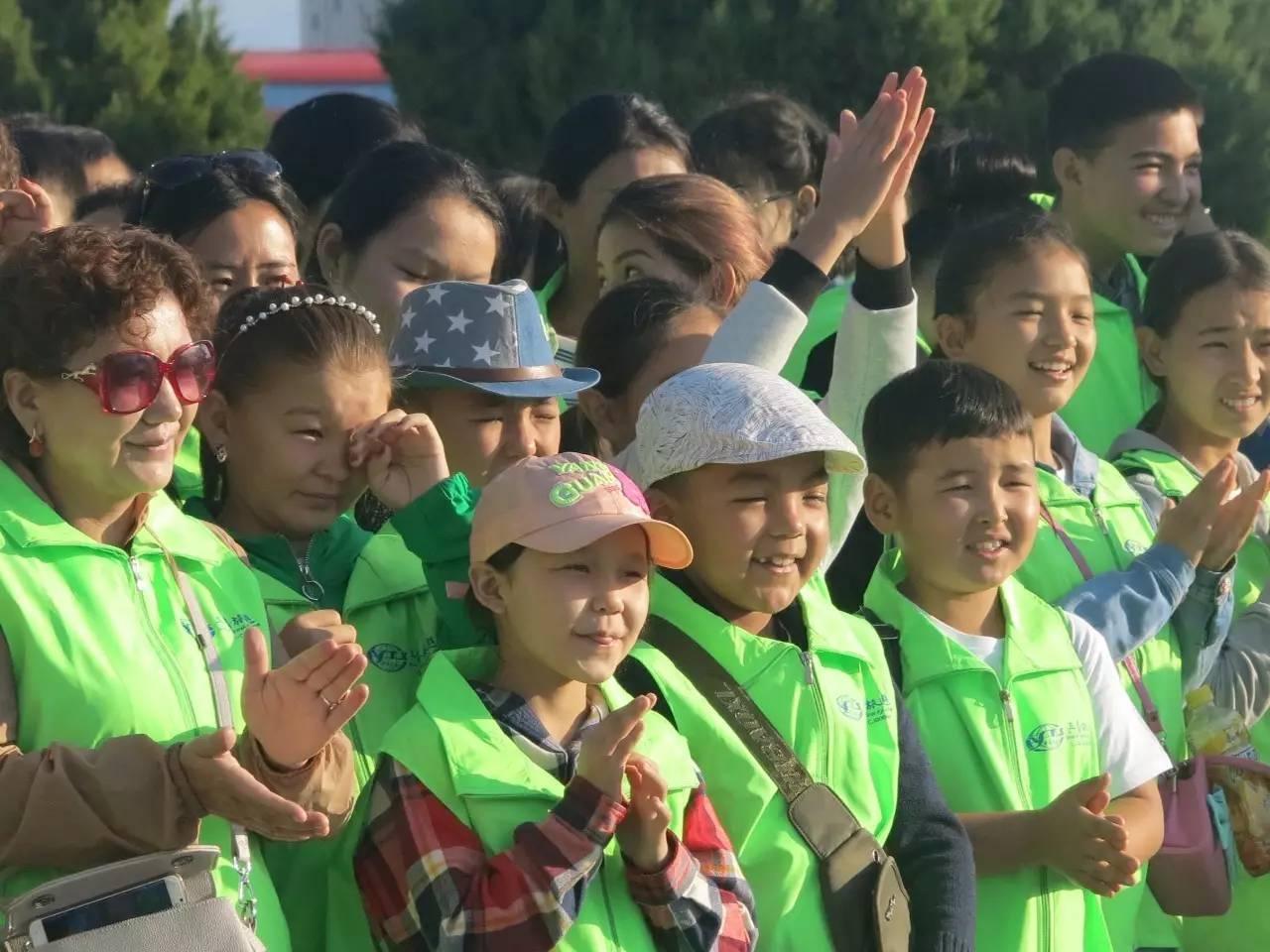 """准备参加""""一带一路""""和光明之路中哈儿童文化艺术活动.-一带一路图片"""