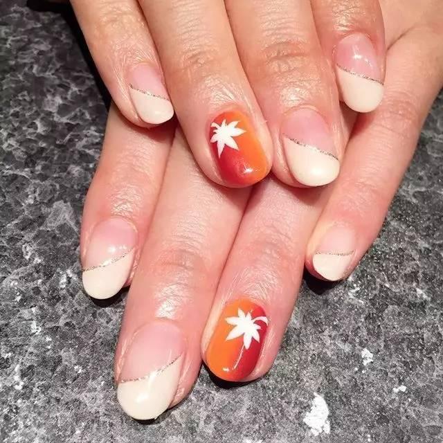 清新的秋季美甲,快给你的手指换上第一款秋装吧!图片
