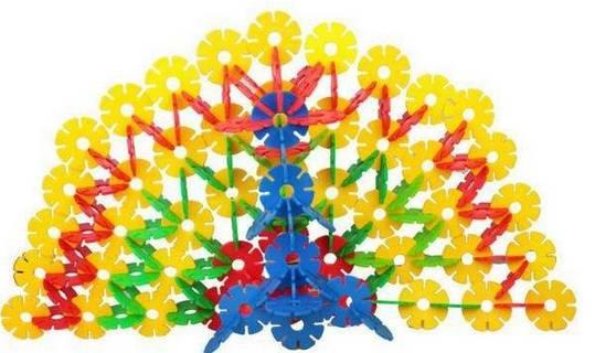 .儿童趣味手工贴画   1.绘画(画纸 2.玩具磁力贴   3.玩具雪花片
