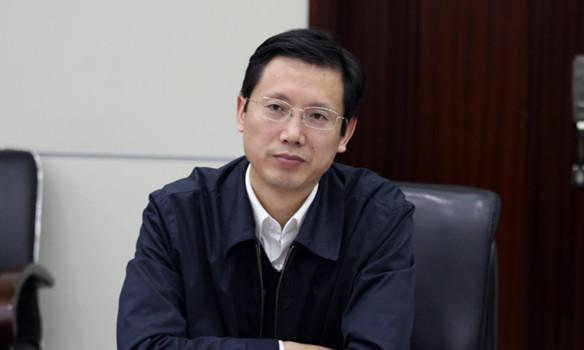 安徽省委副秘书长,政研室主任方正兼任省委办公厅主任