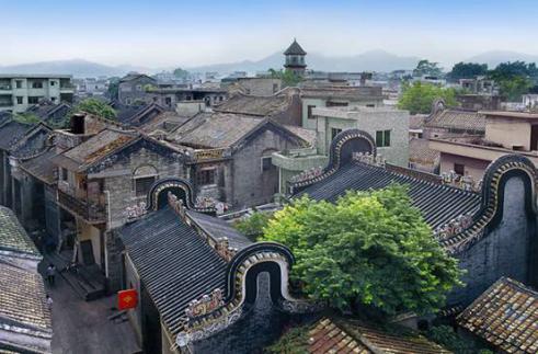沙湾古镇始建于宋代,距今已经有800多年的历史,是番禺地区保存相当