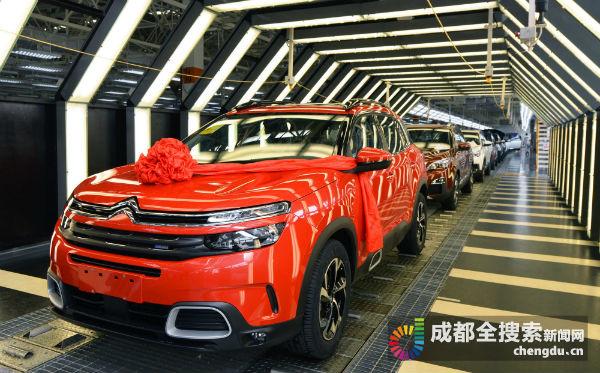 00辆车型——东风雪铁龙天逸C5 Aircross-赞 神龙公司成都工厂第高清图片