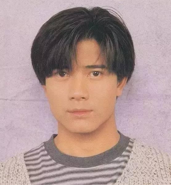 中國男人100年間的發型變化!我只想問2006年經歷了什么,好魔性!圖片