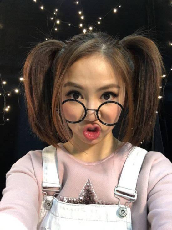 幼女小网站_活捉一只幼齿小金鱼!邓紫棋双马尾萌炸了(图)