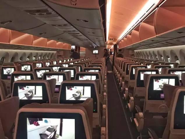 同事實拍阿提哈德787-9經濟艙(3-3-3布局)圖片