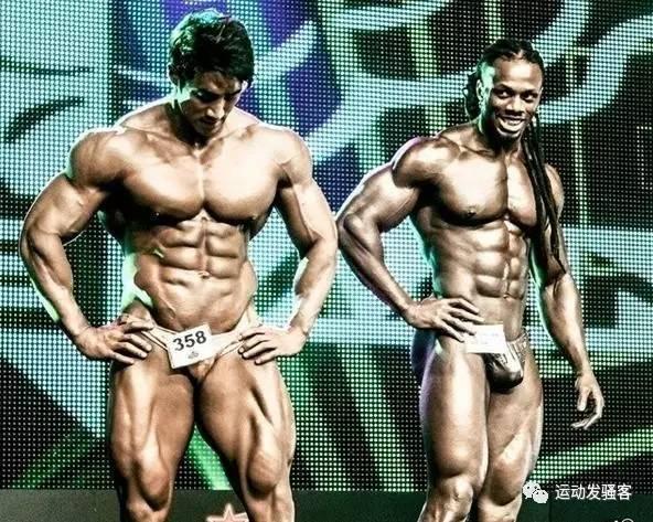 大肚猛男招鸡自拍系列全集_亚洲第一肌肉猛男,兽化的肌肉身形比乌利塞斯还完美
