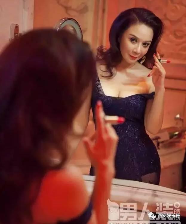 蔡明人体艺术_和蔡明奶奶刘晓庆奶奶相比 吴昕的《男人装》大片到底