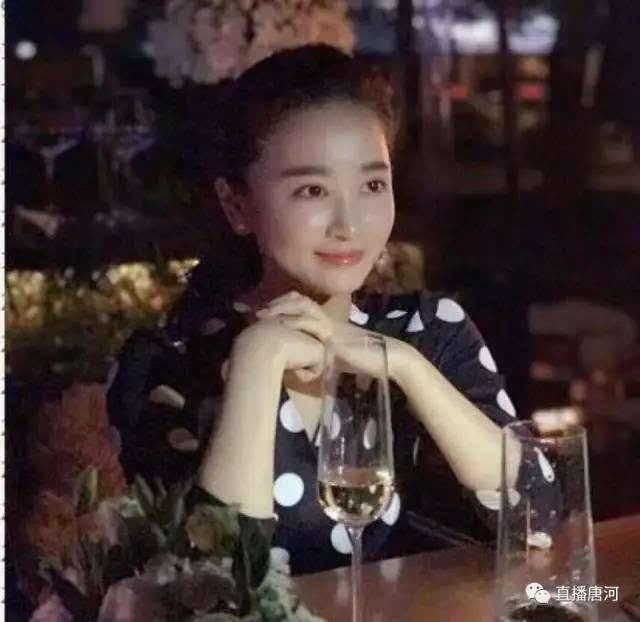 朱小贞面相_妈妈叫朱小贞,面相很慈善.