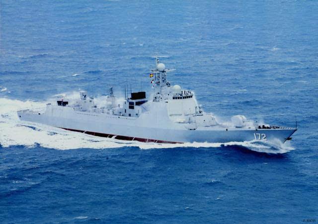 大胆级驱逐舰_俄罗斯用图-160与中国换052d驱逐舰,一艘换几架才合适