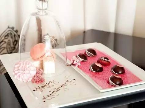 【教程】酒店客房你还在送欢迎水果?能搞点别的新意么?看这里! 搜狐旅游 搜狐网