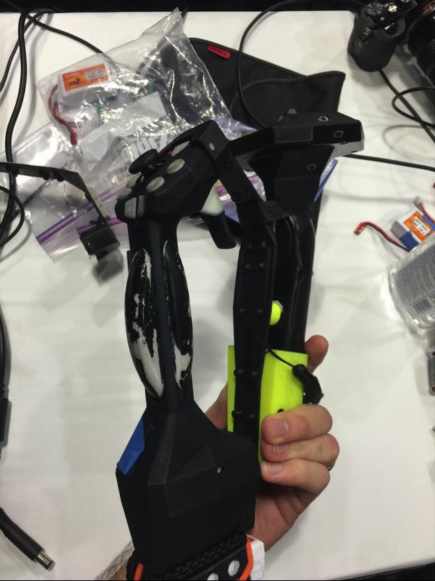 欺骗大脑真实触感:Tactical Haptics触觉反馈装置 AR资讯 第1张