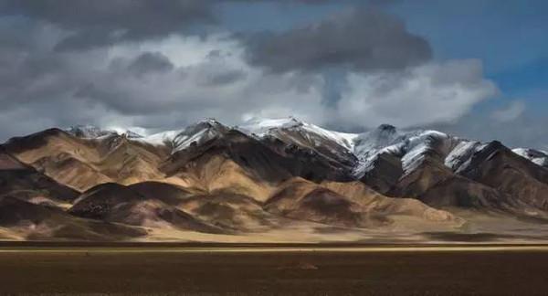 此线路是从新疆叶城219国道出发翻越麻扎,库地,界山大阪进入西藏阿里