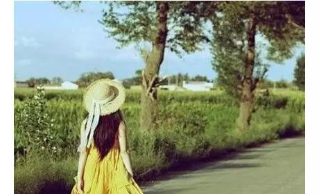 愛麗絲夢游仙境_月收入低于1000夢游
