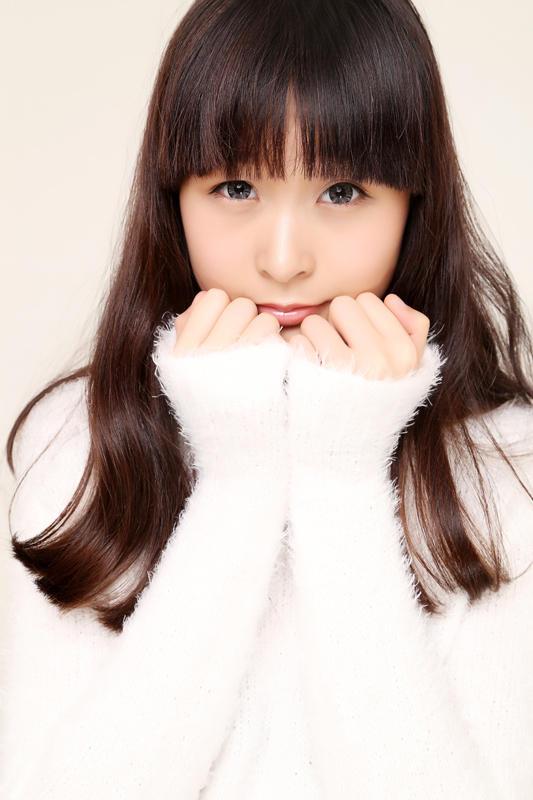 13岁小女孩尿道图_珠海13岁女孩时尚大片:逆天腿长115cm