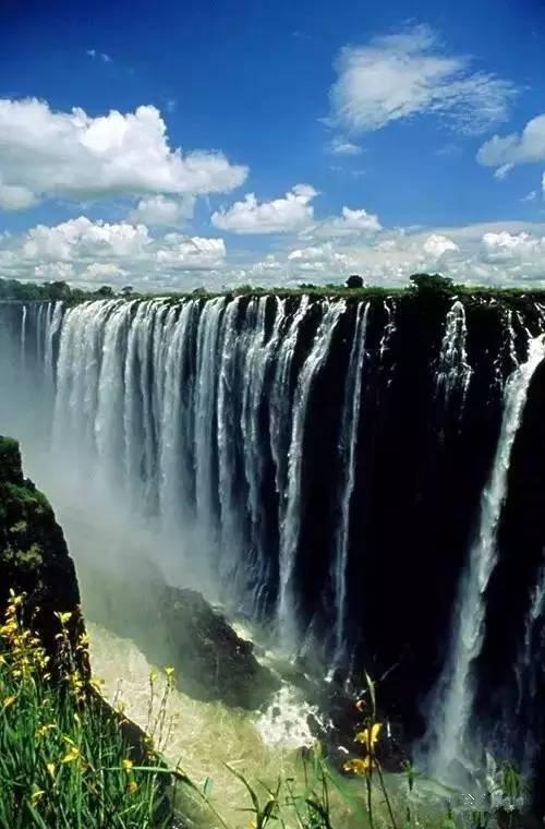 加拿大与美国交界处_世界各国最美的瀑布!看到中国的瀑布美到哭