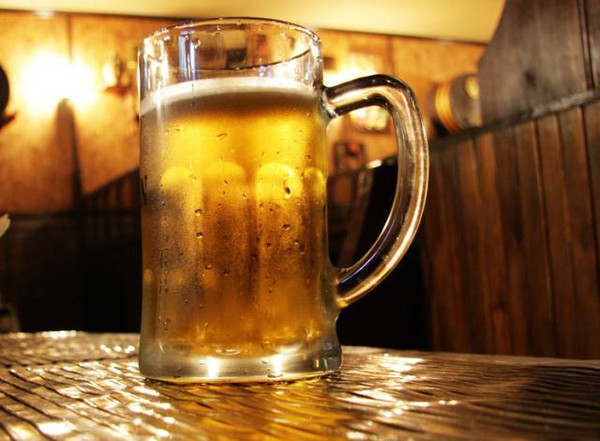 人均啤酒_啤酒图片真实