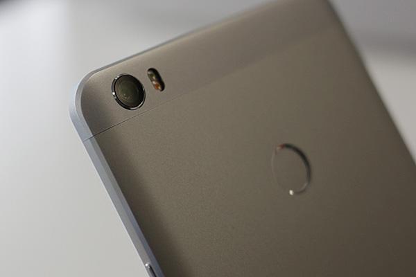 6.44英寸大屏手机小米Max真机图赏的照片 - 12