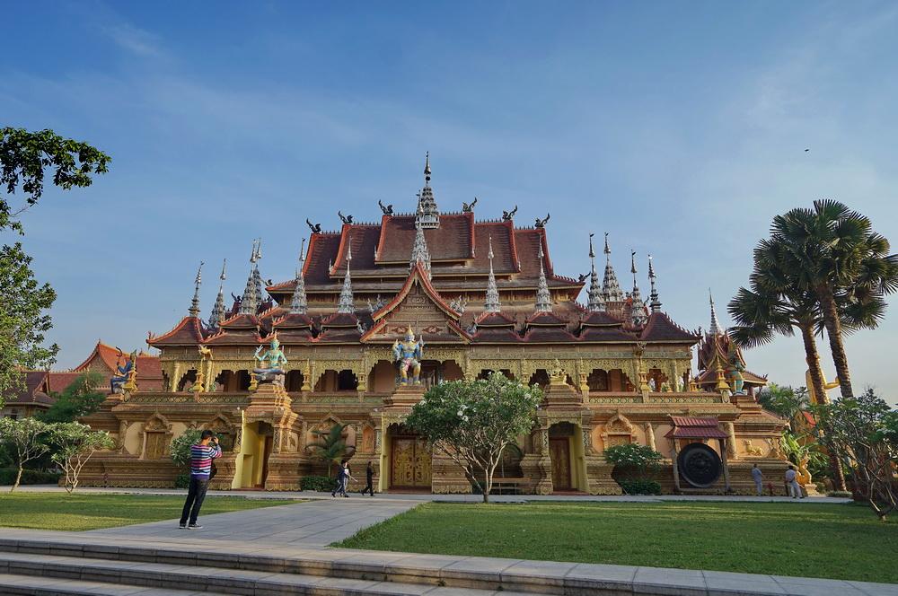 我国最高的佛寺_超赞!西双版纳竟有这么美的不收费寺院