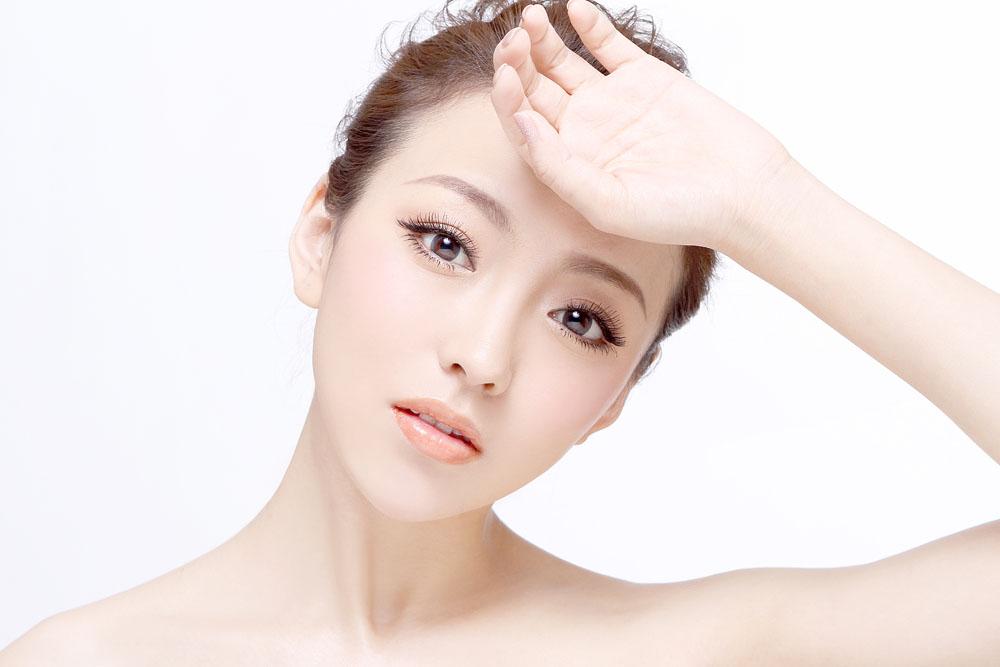 皮膚暗黃如何進行改善 養成一個護膚好習慣可以就行