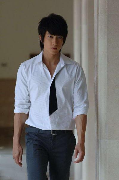 Saville<wbr>Tailor是男人还是男神,一件质感白衬衫就可以说明的事