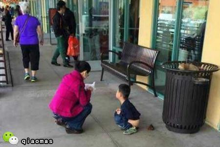 小孩子不拉屎_喂!中国家长,咱能别让孩子这样随地大小便么?