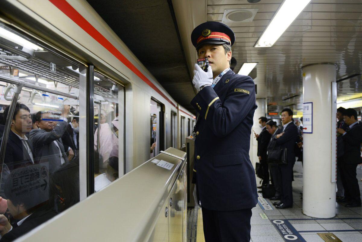 日本地铁_到了日本留学或旅游 坐地铁可别晕了哦!