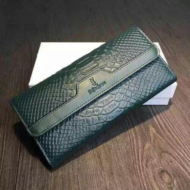 """钱包颜色与财运_风水学大师:买个""""绿色钱包""""聚财运吧!_搜狐时尚_搜狐网"""