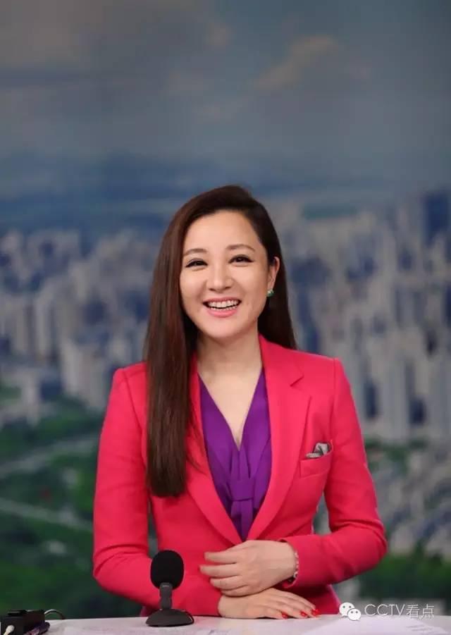 财经章艳_财经 正文  在当选为深圳广播电影电视集团第二届十佳主持人后,章艳曾