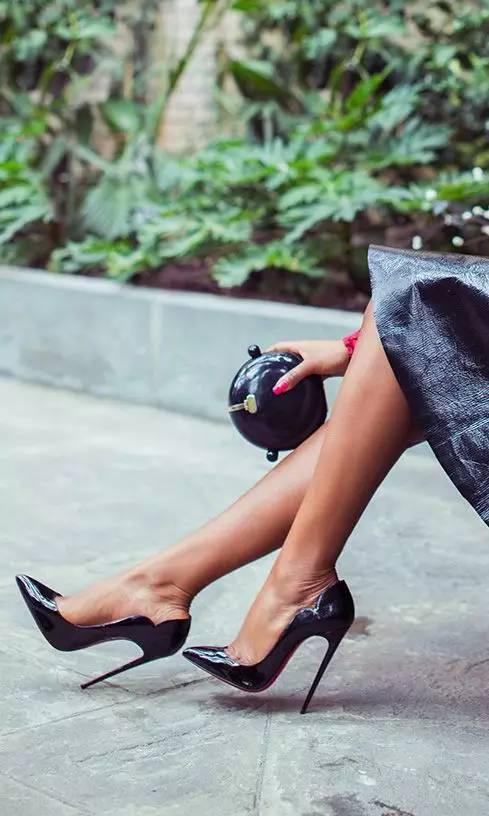 高跟尖头单鞋_30双绝美高跟鞋,我一年四季都想穿