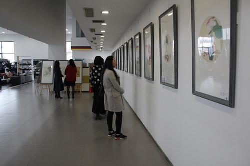 河南潤心畫院畫家邀請展走進河南國際汽車