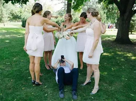 摄影师拍照姿势大全,最后一招别乱用……-搜狐