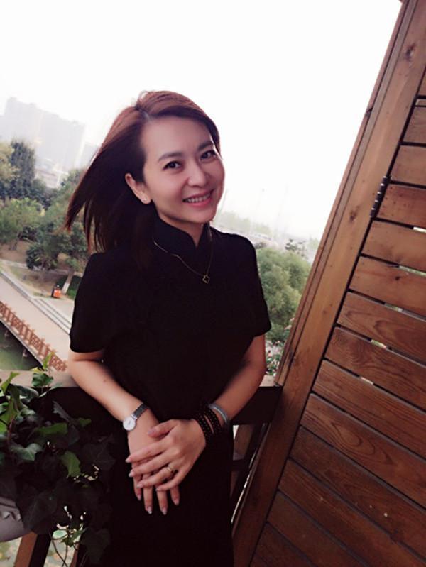 """黎兵甘萍_大哥,你好吗?黎兵与歌手甘萍因""""打飞的""""相爱"""