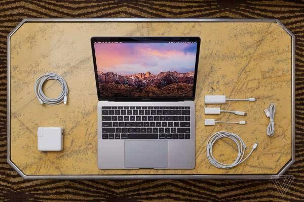 MacBook Pro评测:更强性能、更便携、更多转换器的照片 - 2