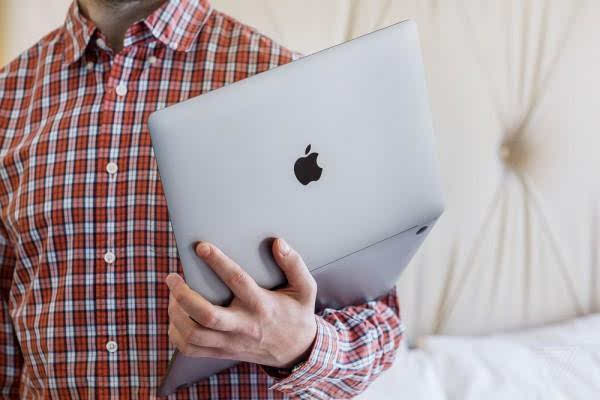 MacBook Pro评测:更强性能、更便携、更多转换器的照片 - 5